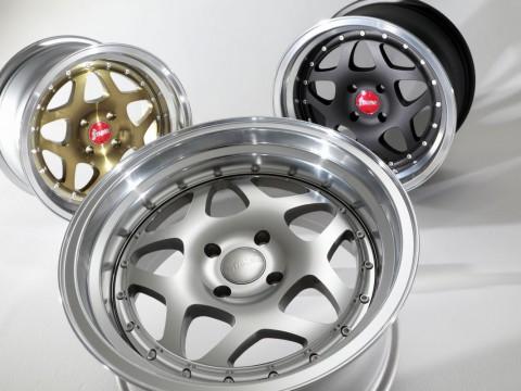 BANZAI _tri_wheels_1200_800