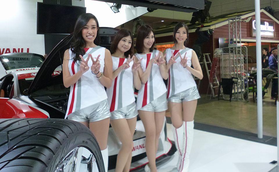 Tokyo Auto Salon 2016 girls next door